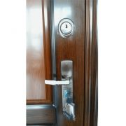 Метални врати